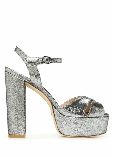 Stuart Weitzman Stuart Weitzman  Çapraz Bantlı Kadın Gece Ayakkabısı 101522353 Gümüş